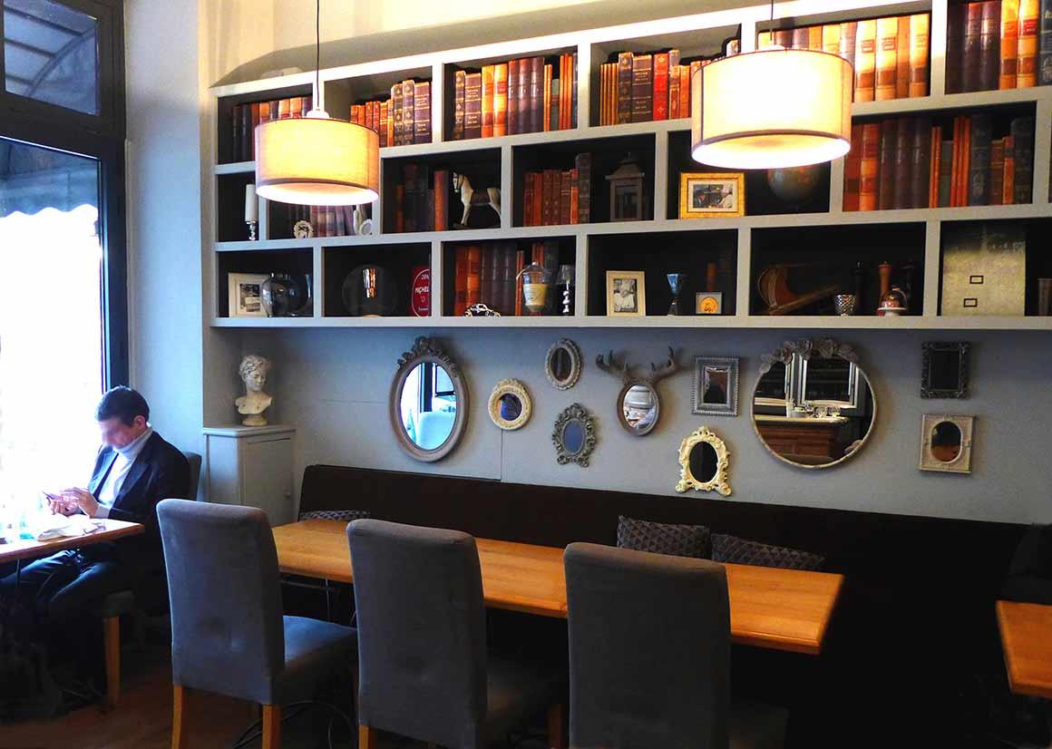 Restaurant La Fourchette du Printemps, La salle