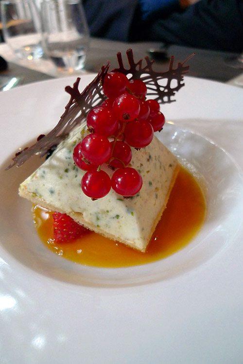 Restaurant La Pizzetta, semifreddo à la ricotta accompagnée d'une crème à l'orange