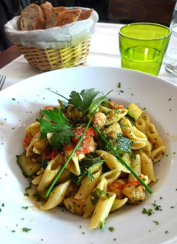 Restaurant La Rosa, mezze penne aux gambas