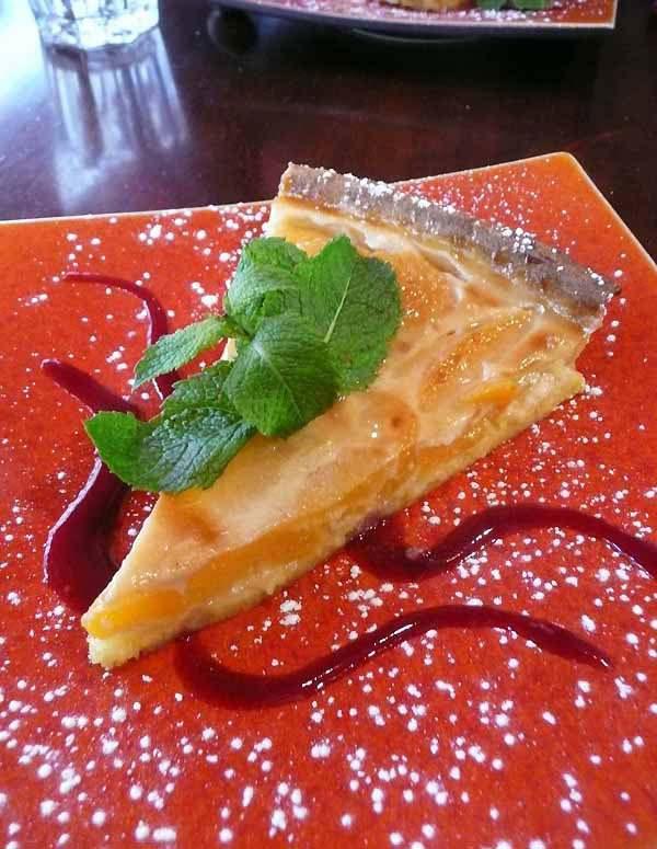 Restaurant La Rose de France, un dessert