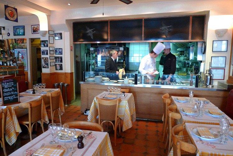 La Rôtisserie du Beaujolais la cuisine