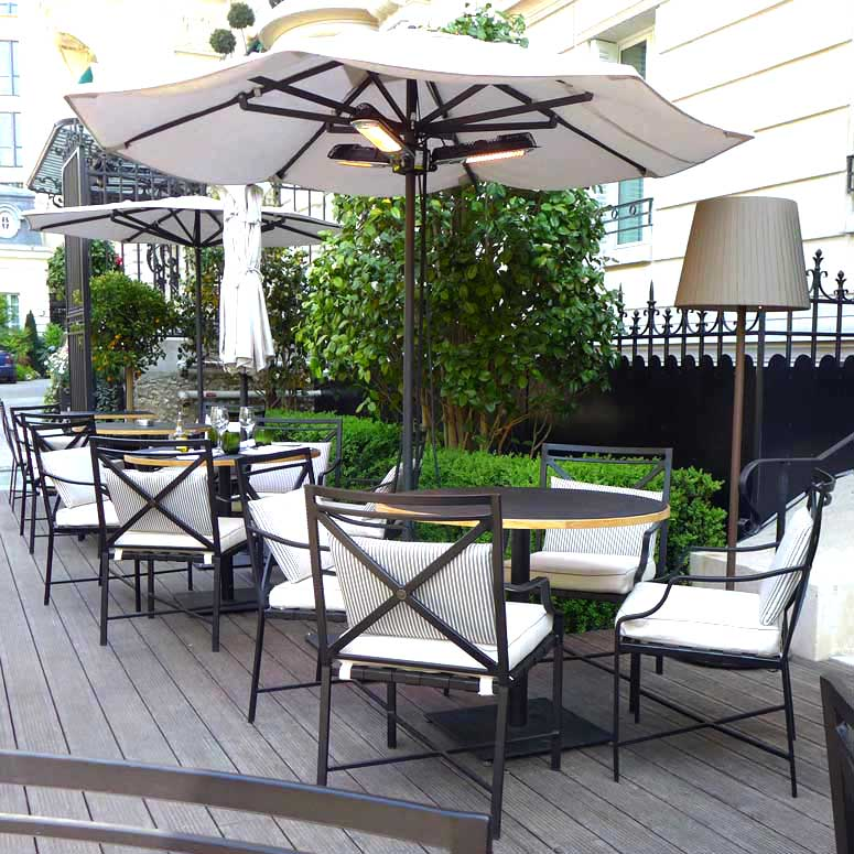 La terrasse du Shangri La