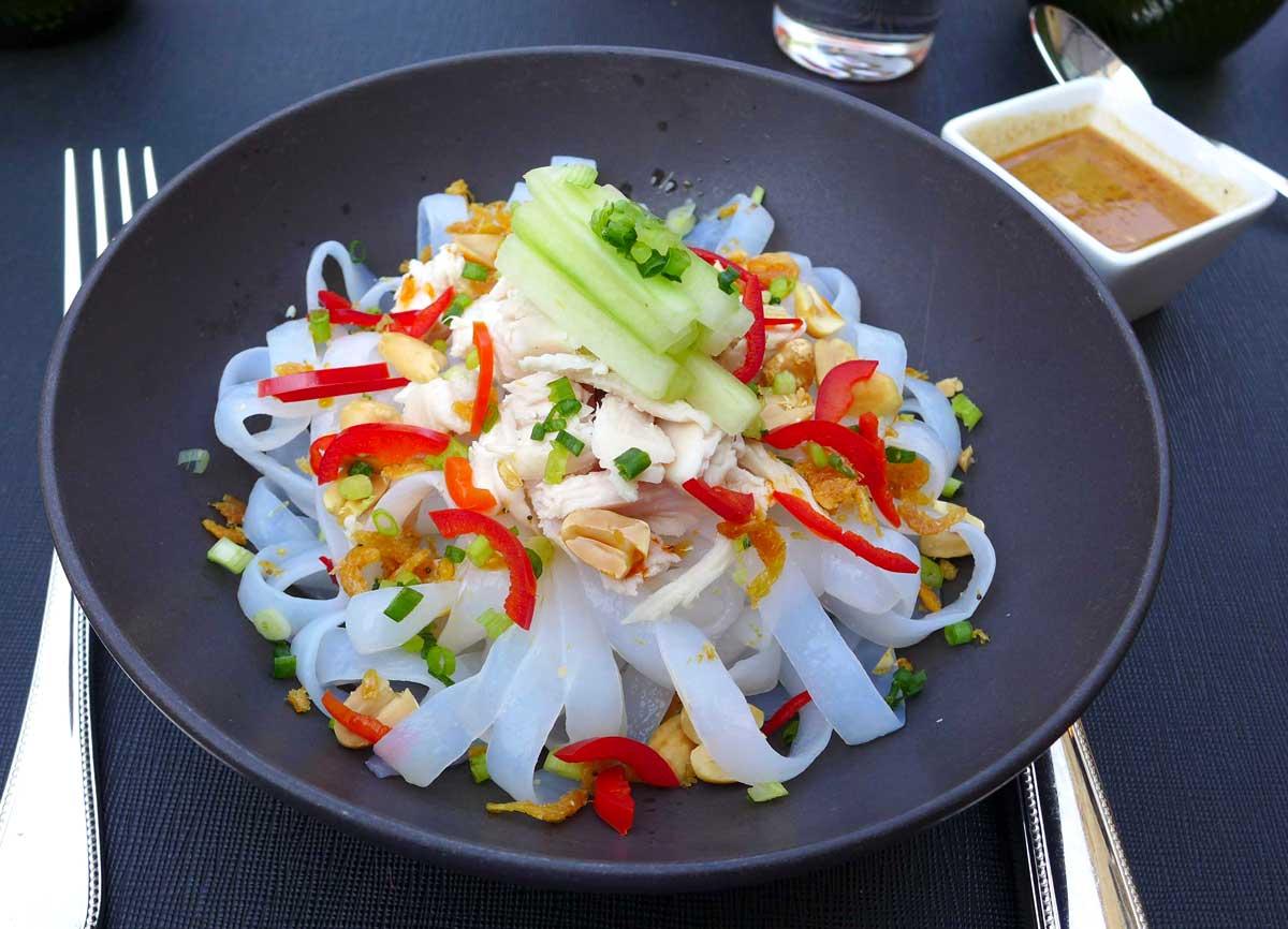 Restaurant La Terrasse du 8 Iéna : Effiloché de poulet à la Sichuanaise