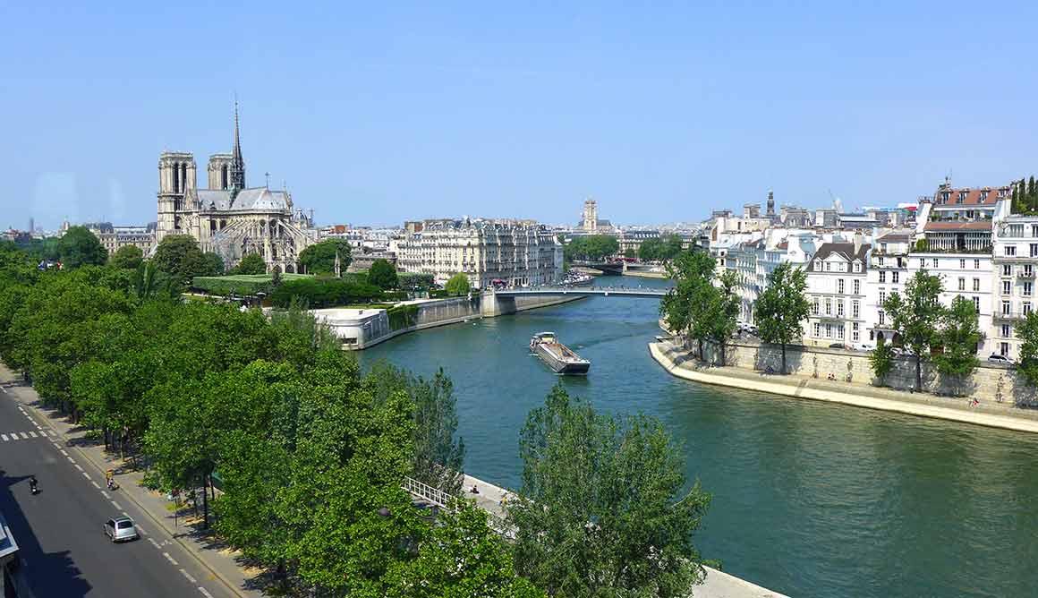 La Tour d'Argent la vue sur la Seine et Notre-Dame
