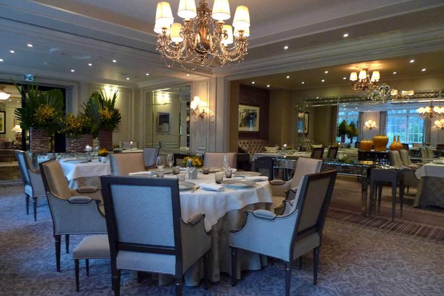 Restaurant L'Abeille, La salle