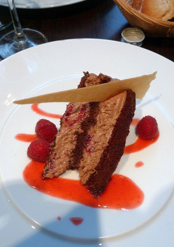 Restaurant L'Agrume, entremet chocolat framboise