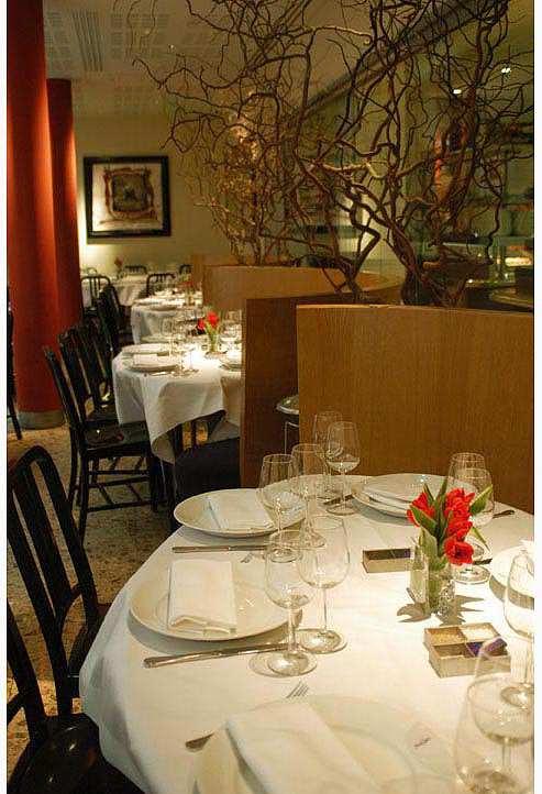 Restaurant L'Alcazar, de belles alcoves