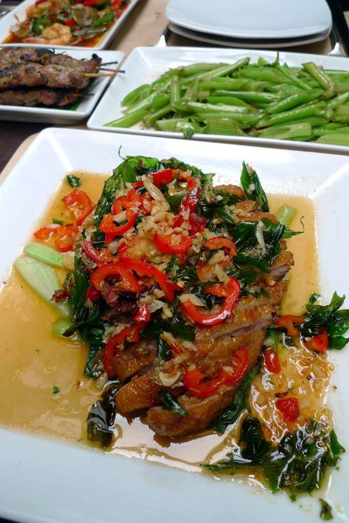 Restaurant Lao Lane Xang 2, canard laqué au basilic sauce au tamarin