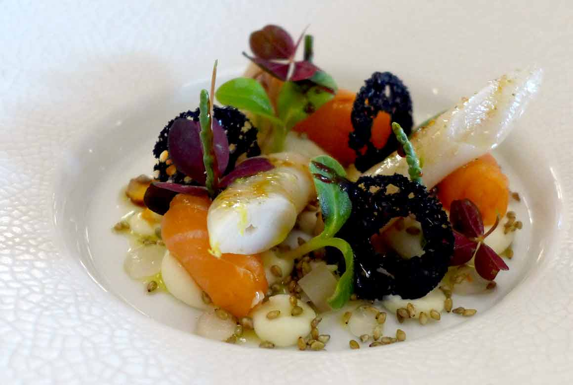 Restaurant L'Arôme, les couteaux et coeur de saumon fumé
