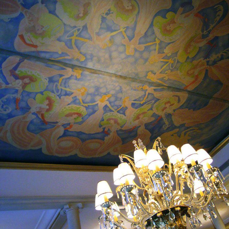 Restaurant Lasserre, La magie du toit ouvrant