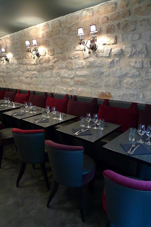 Restaurant Le 23 Clauzel, Cadre d'auberge et mobilier lounge