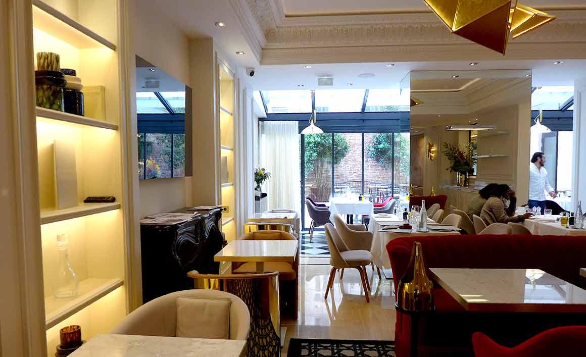 La salle du restaurant Le 99 Haussmann