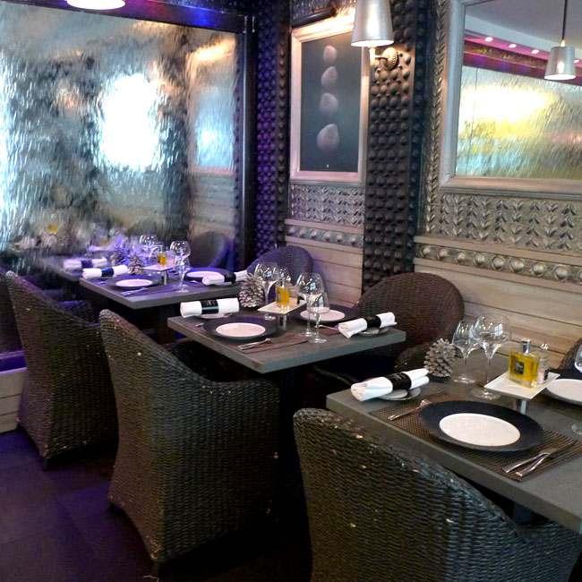 Restaurant Le Bar à Huîtres Ternes : La salle