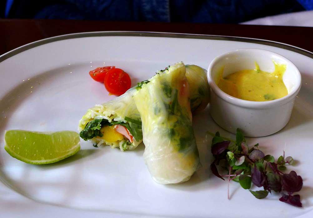 Le Café Bouillu, lobster spring rolls