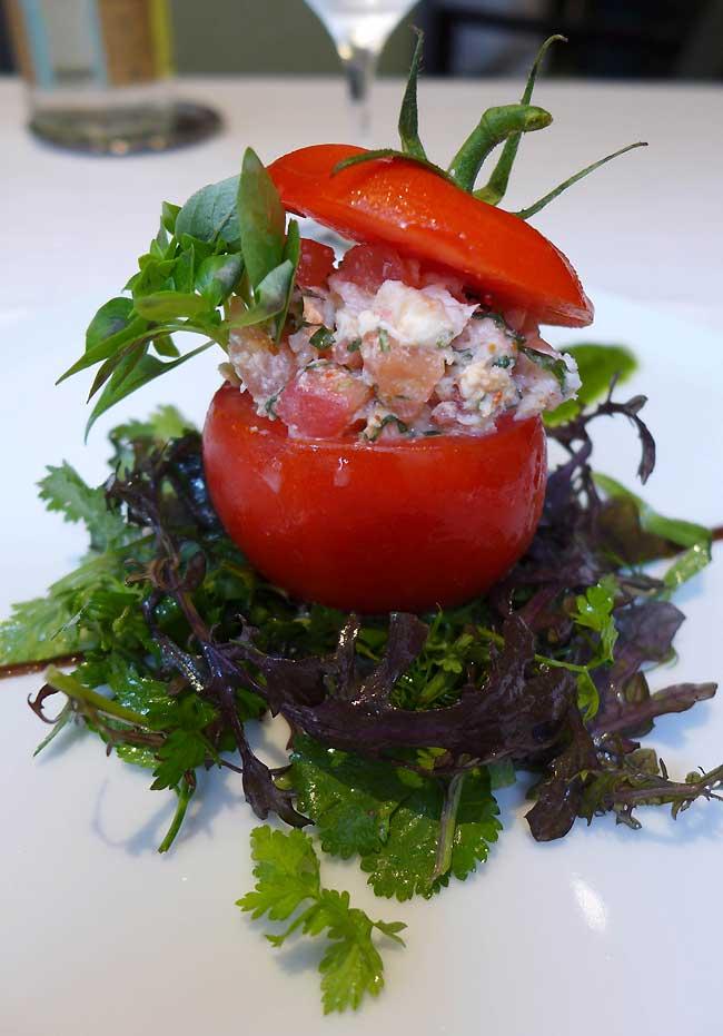Restaurant Le Gaigne, Tomate farcie mozzarella et pesto