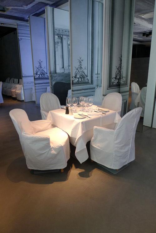 Restaurant La Table du Huit, Elégance et confort du mobilier