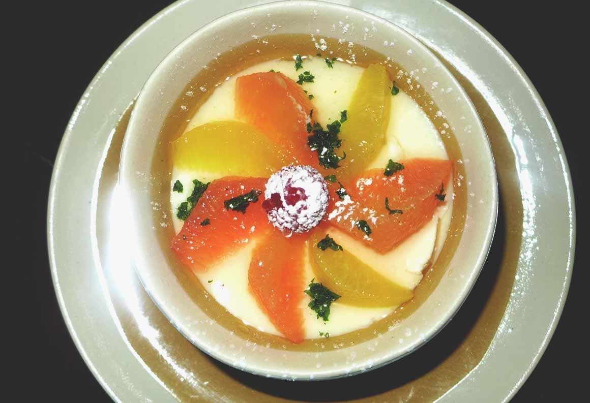Restaurant Le Mechoui du Prince : Crème au Jasmin salade d'agrumes