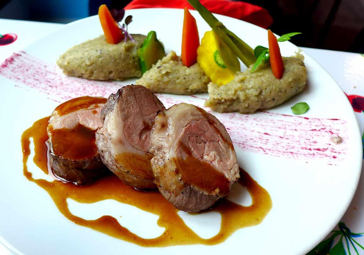 Café Colette : Selle d'agneau avec purée