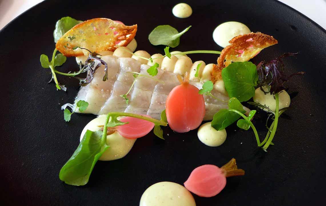 Restaurant Le Moulin de la Galette : Daurade royale en sashimi