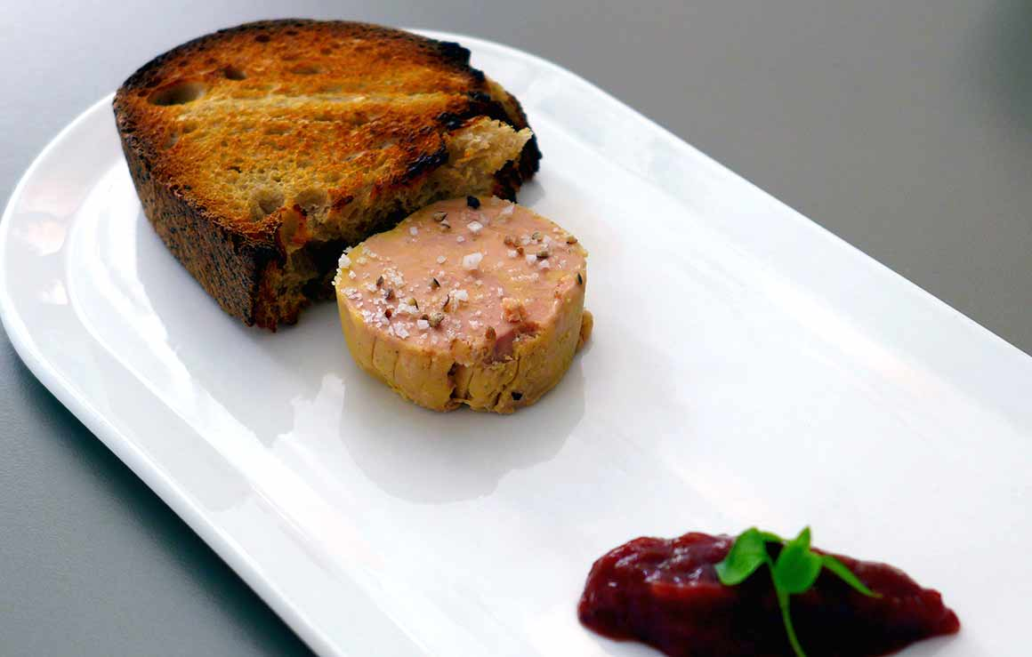 Restaurant Le 122, foie gras de canard mi-cuit
