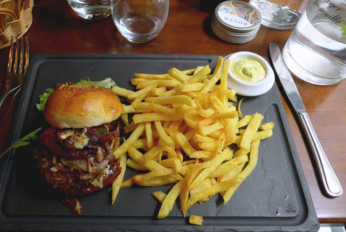 Restaurant Roger la Grenouille, Burger de grenouilles