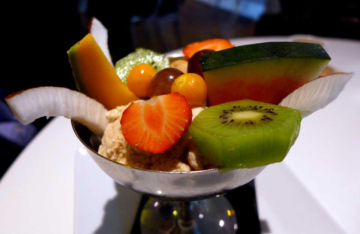 Restaurant LE PARADIS DU FRUIT : Grande salade de fruits frais découpés