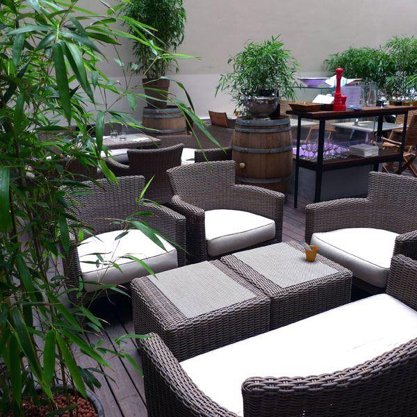 Restaurant Le Patio, Le mobilier confortable du Patio