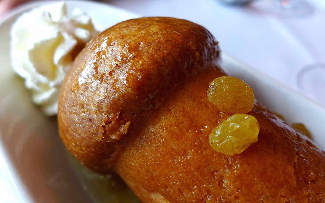 Restaurant Le Petit Sommelier, Baba au rhum agricole ambré