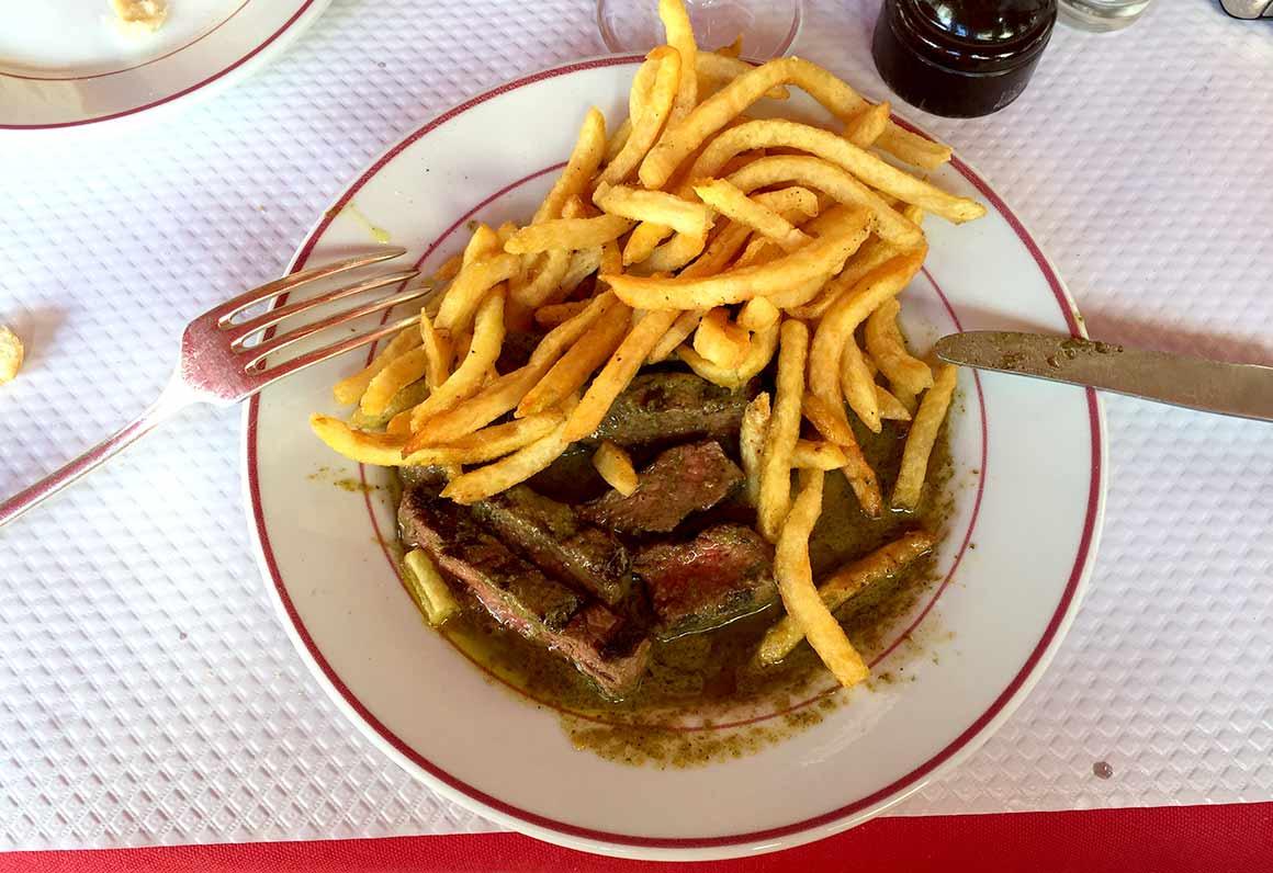 Restaurant Le Relais de Venise, Entrecôte et frites