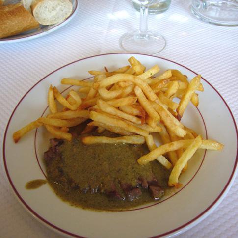 Restaurant Le Relais de Venise : L'entrecôte frites