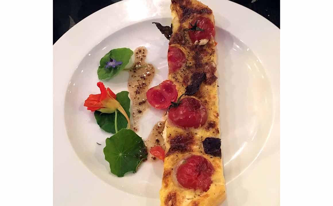 Restaurant Le Relais : Tartelette tomates cerises et chèvre
