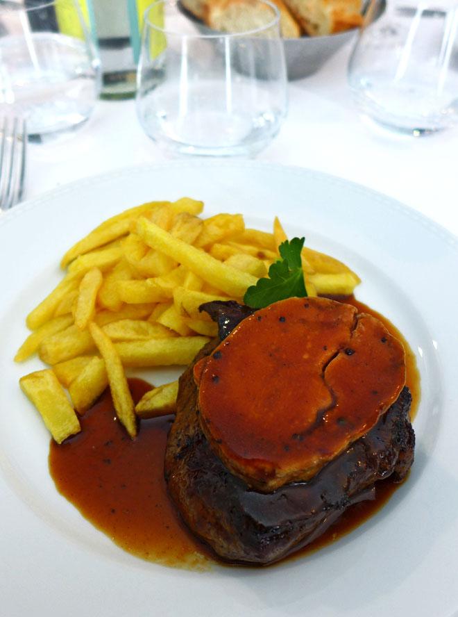 Restaurant Le Tourbillon, Chateaubriand de bœuf sauté Rossini et pommes allumettes