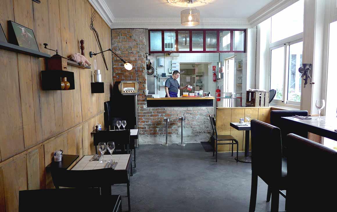 Restaurant La Cochon Gaulois, La salle