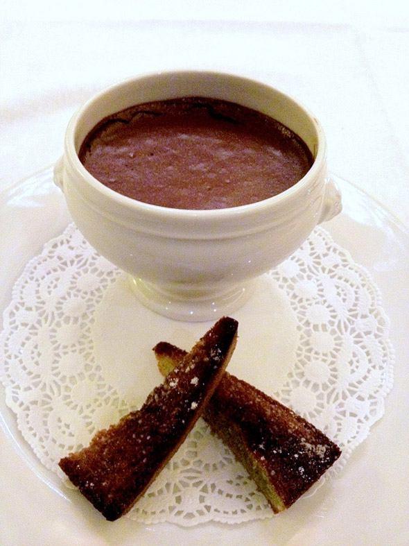 Brasserie Les Grandes Marches, la mousse au chocolatolat