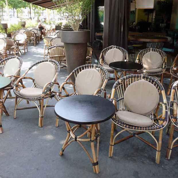 Restaurant Les Princes, Les fauteuils de la terrasse