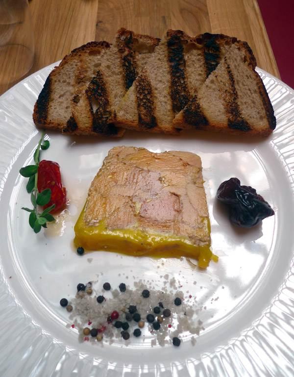 Restaurant Les Tantes Jeanne, Le foie gras mi-cuit maison et ses figues confites