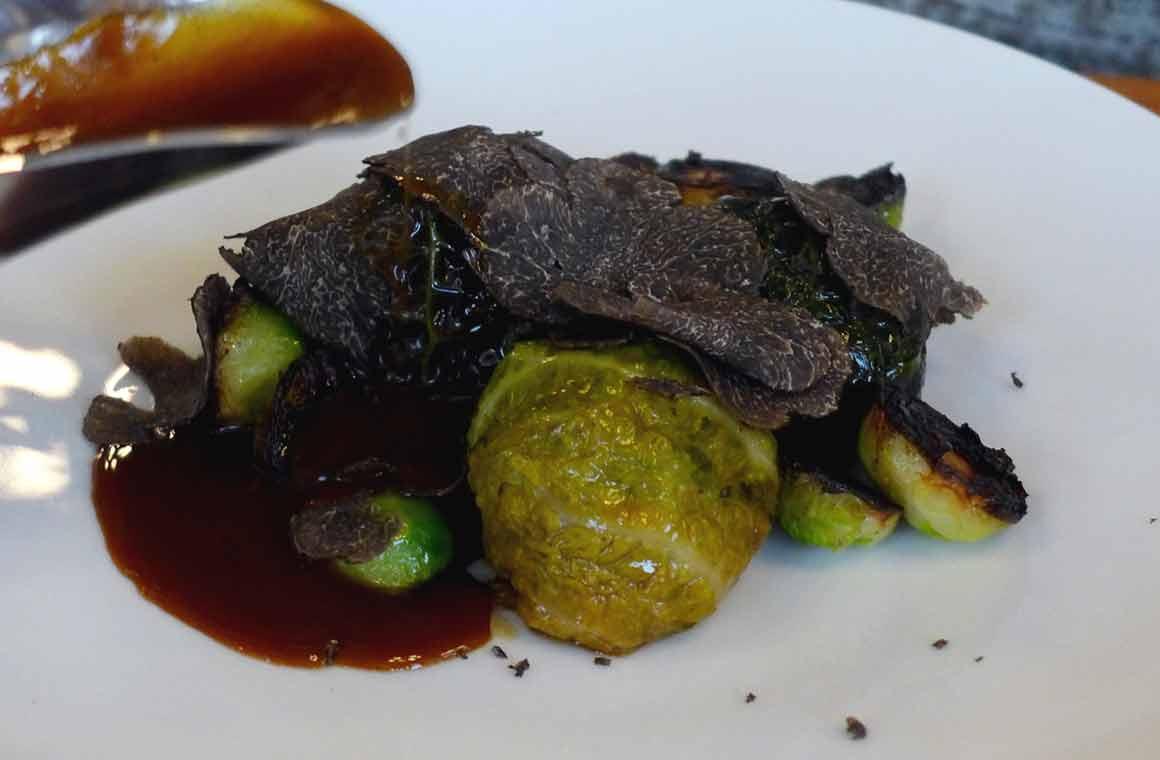 restaurant Mordu choux farcis et truffe