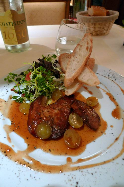 Restaurant L'Inattendu, Le foie gras poêlé aux raisins