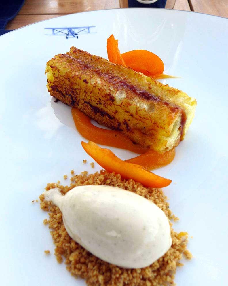 Restaurant L'Oiseau Blanc, pain perdu à l'abricot et glace de lait