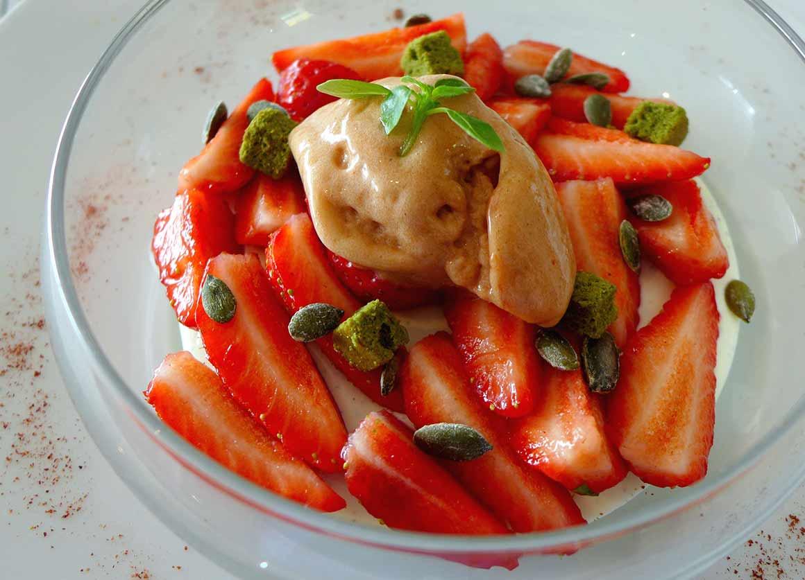 Restaurant Maison Blanche, Fraises Gariguette à la vanille de Madagascar