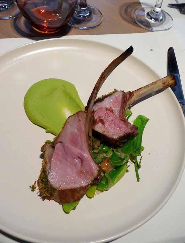 Restaurant Le Market : L'agneau laiton menthe et purée de petits pois