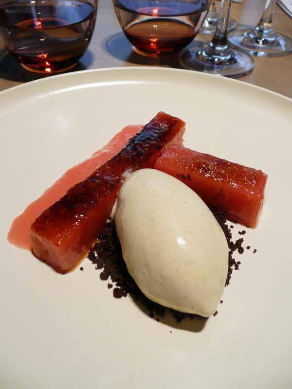 Restaurant Le Market : rhubarbe brûlée avec glace