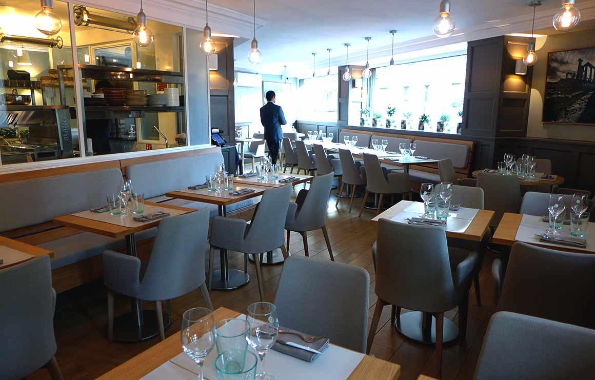 Restaurant Mavrommatis Passy : La salle