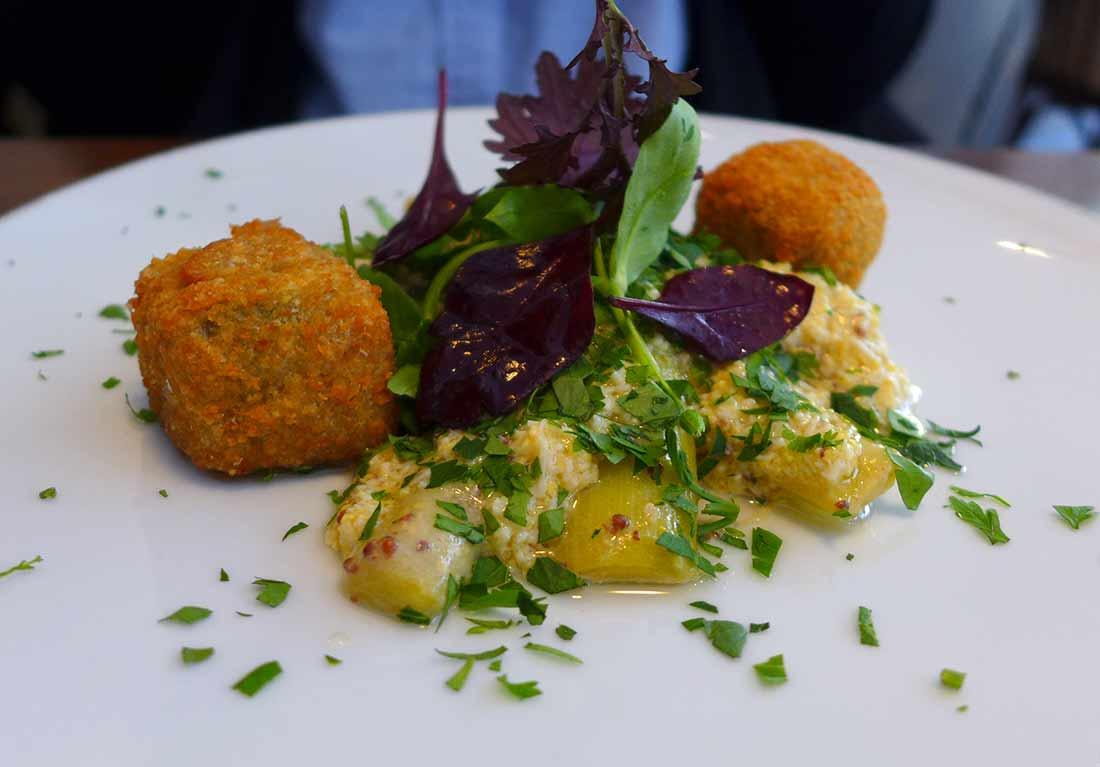 Restaurant Mensae, Poireaux mimosa