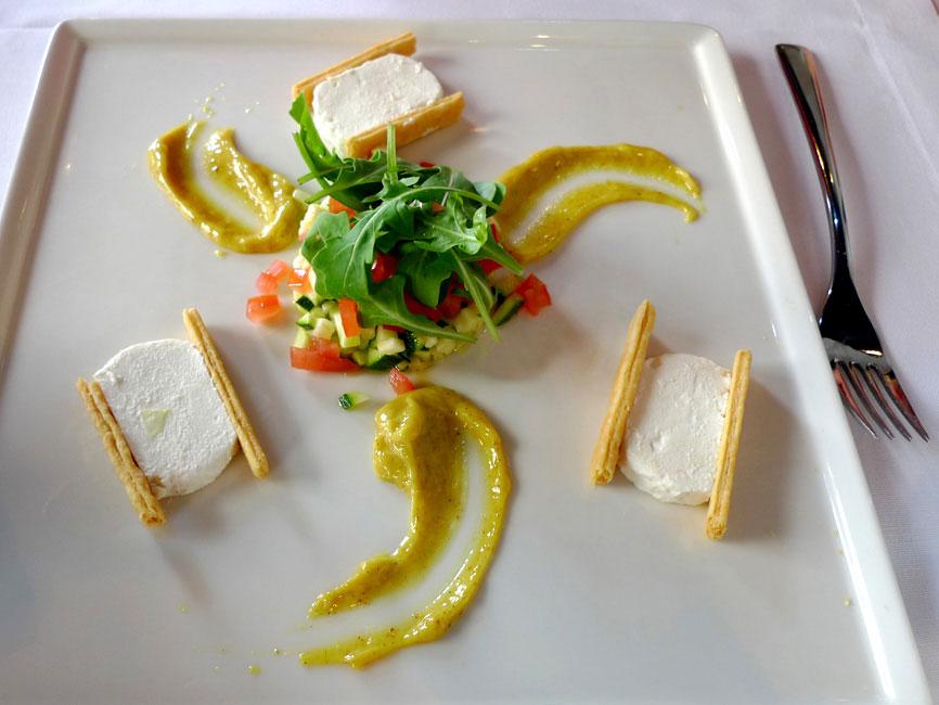 Restaurant Les Mots Passant, chèvre frais du Père Fabre