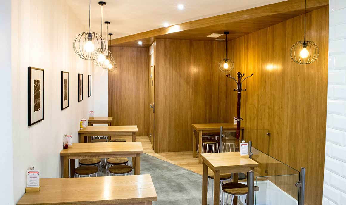 Restaurant Motto Burger : La salle