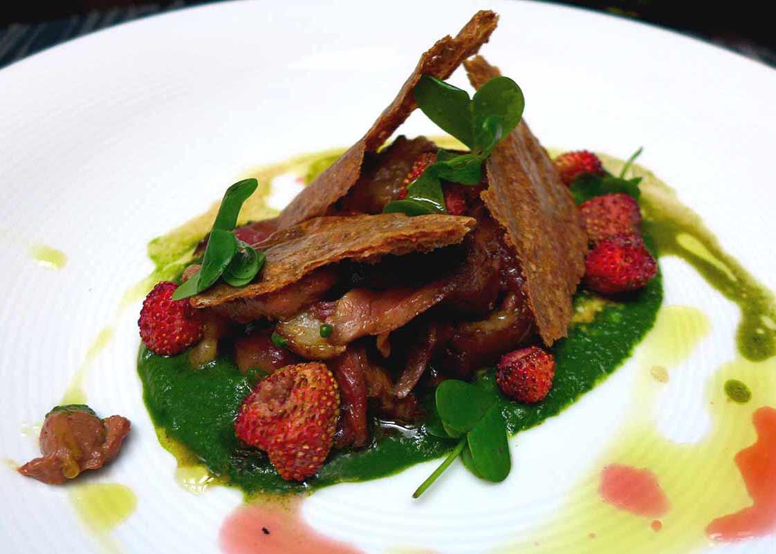 Restaurant NUBE : Chiffonade de canard à l'unilatérale