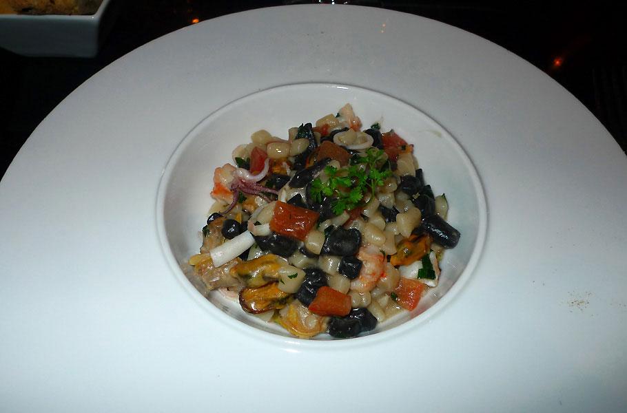 Restaurant Officina Schenatti, gnochettis poêlées aux fruits de mer
