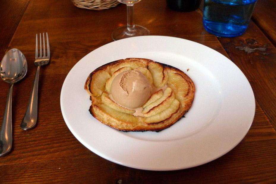 Restaurant Paris XVII, Tarte fine aux pommes