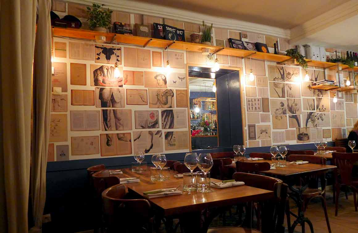 La salle du restaurant METROPOLITAIN